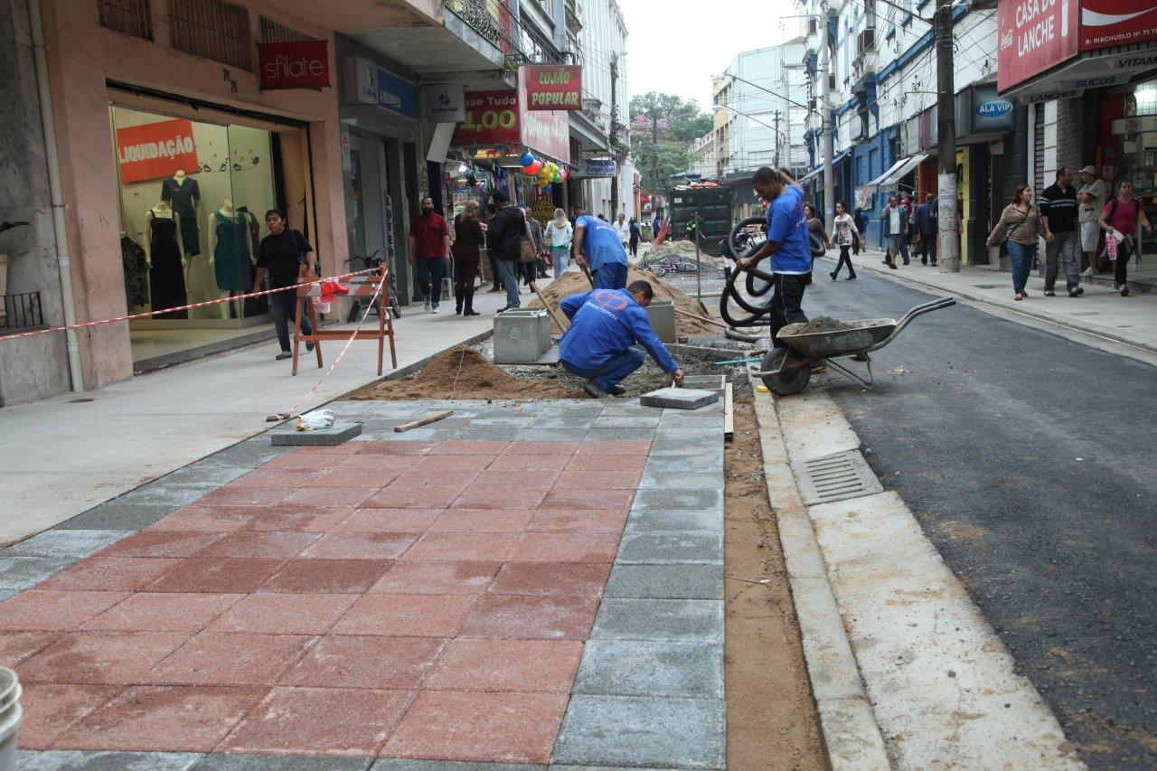17b52d66e Revitalização da Rua Riachuelo  parte civil da obra está finalizada ...