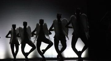 3036f88b04 Ingressos à venda para as apresentações de fim de ano da escola de bailado