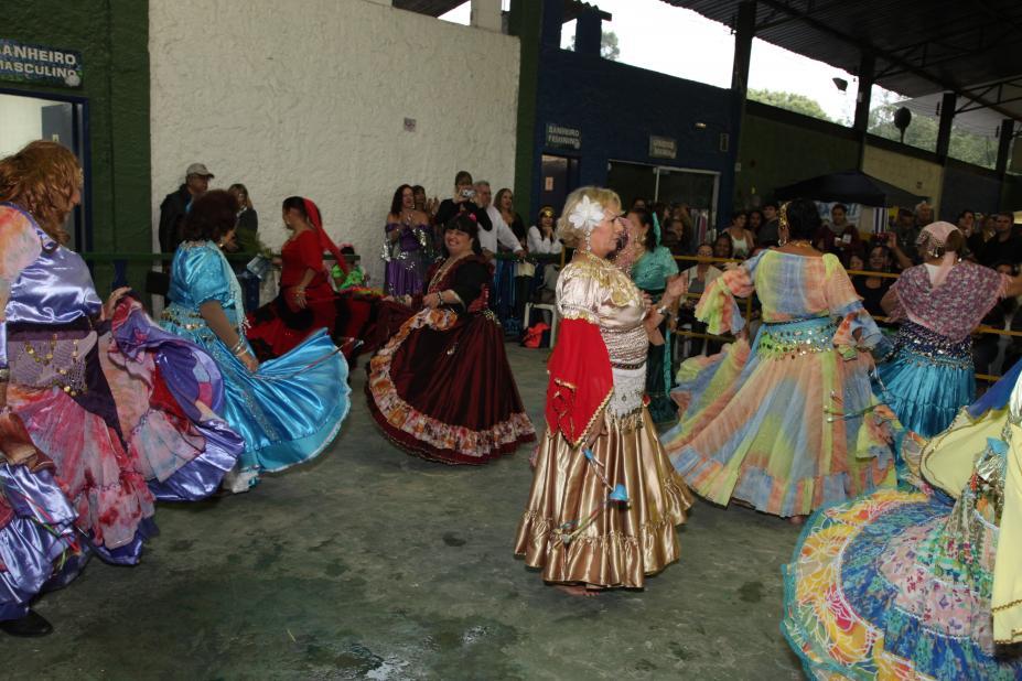 a2f1f4b4d Festa de Santa Sara Kali reúne comunidade cigana neste sábado ...